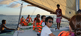 Sunset sailing Boracay